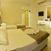 Maris Beach Hotel Picture 4