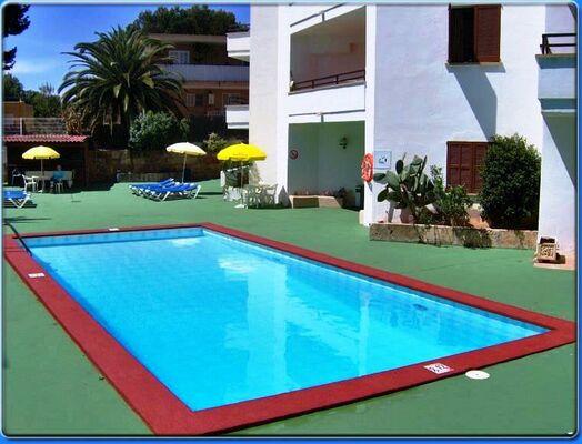 Holidays at Marina Apartments in Palma Nova, Majorca