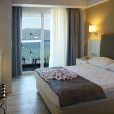 Maris Beach Hotel Picture 2