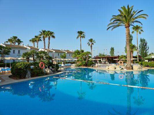 Holidays at BQ Alcudia Sun Village in Playa de Muro, Majorca