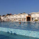 Risus Beach Resort Picture 3
