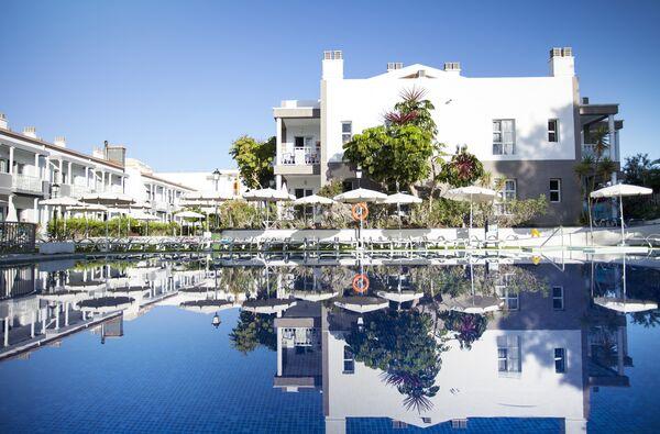 Holidays at Coral Compostela Beach Golf Apartments in Playa de las Americas, Tenerife