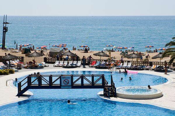 Holidays at Tahiti Playa Hotel in Santa Susanna, Costa Brava