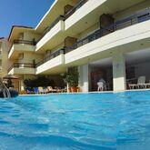 Caravel Aparthotel Picture 3