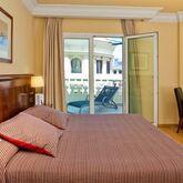 Melia Plaza Hotel Picture 8