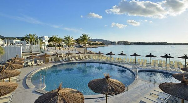 Holidays at Alua Hawaii Ibiza in San Antonio Bay, Ibiza