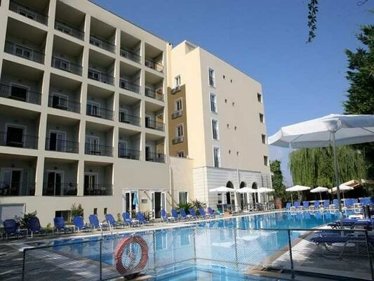Holidays at Hellinis Hotel in Kanoni, Corfu
