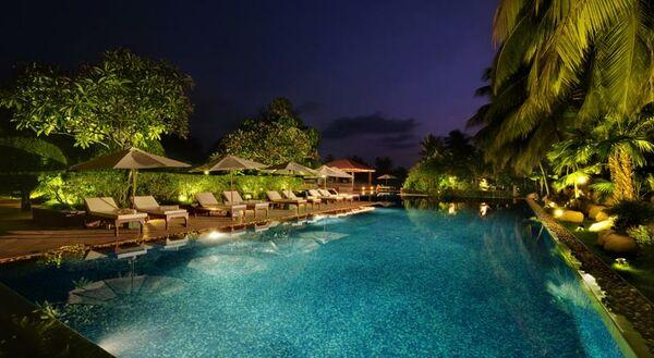 Holidays at Kenilworth Beach Resort Hotel in Utorda Beach, Goa