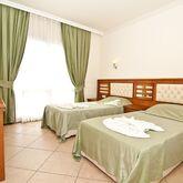 Club Karakas Apartments Picture 4
