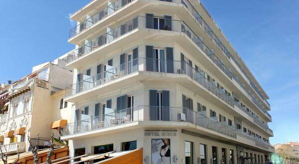Holidays at Subur Hotel in Sitges, Costa Dorada