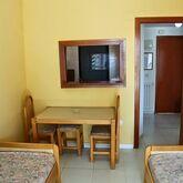 Luxmar Apartments Picture 5