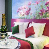 Holidays at Les Jardins de Montmartre Hotel in Montmartre & Sacre Coeur (Arr 18), Paris