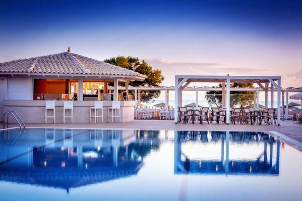 Holidays at Neptuno Beach in Amoudara, Crete