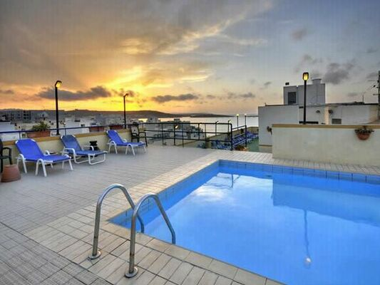 Holidays at Primera Hotel in Bugibba, Malta