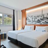 Tryp Apolo Hotel Picture 3