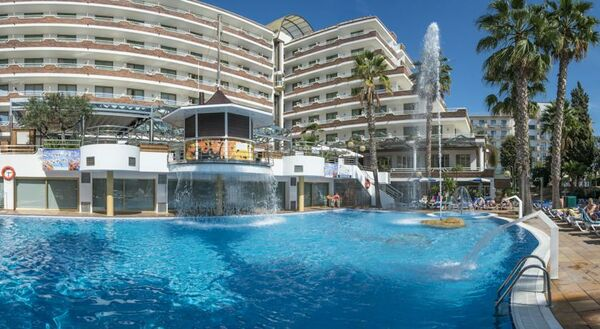 Holidays at Indalo Park Hotel in Santa Susanna, Costa Brava
