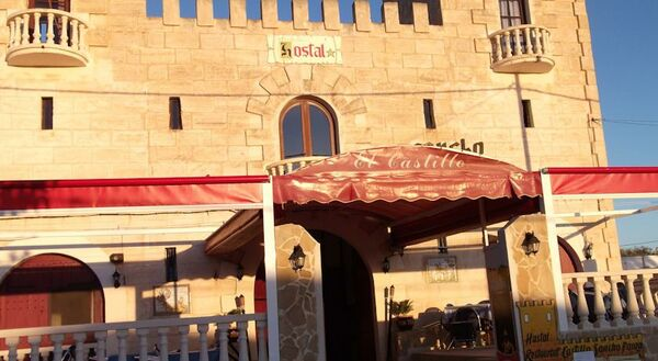 Holidays at Castillo Sancho Panza Hostal in Cala'n Porter, Menorca