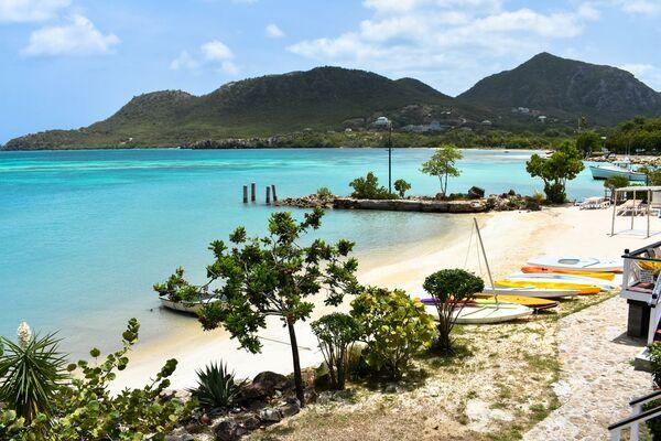 Holidays at Catamaran Hotel Marina in Antigua, Antigua