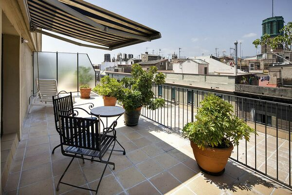 Holidays at Gran Hotel Barcino in Gothic Quarter, Barcelona