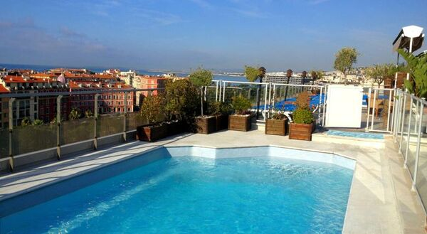 Holidays at Grand Hotel Aston Clarion in Nice, France