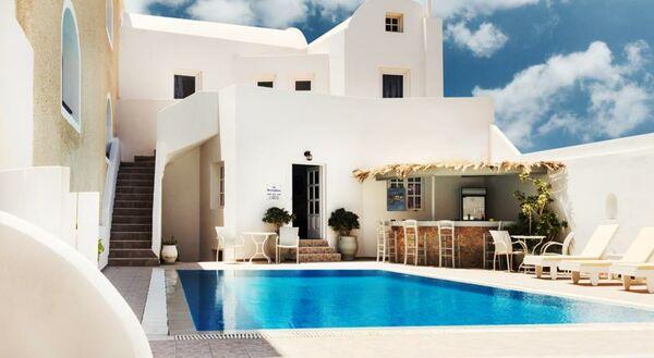 Holidays at Vergina Villas in Perissa, Santorini