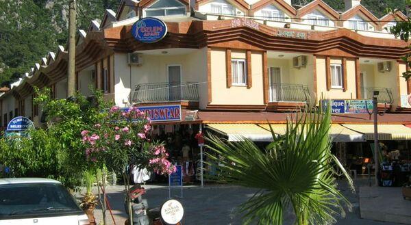 Holidays at Ozlem 2 Apartments in Icmeler, Dalaman Region