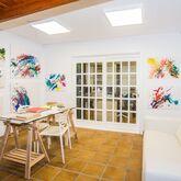 Los Tulipanes Apartments Picture 9