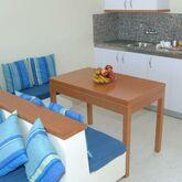 Tamanaco Apartments Picture 2