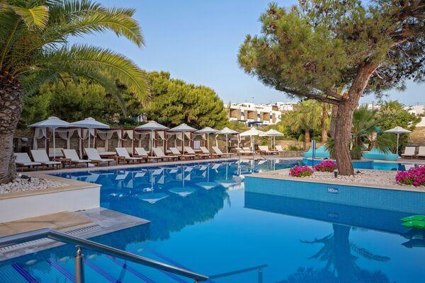 Holidays at Mykonos Theoxenia Hotel in Mykonos Town, Mykonos