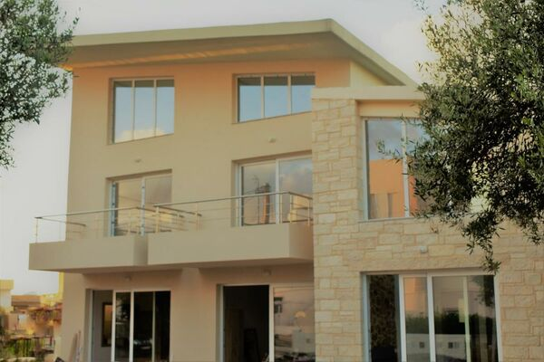 Holidays at Cretan Mare Luxury Suites in Kato Gouves, Chania