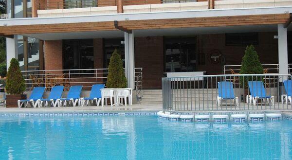 Holidays at California Garden Hotel in Salou, Costa Dorada