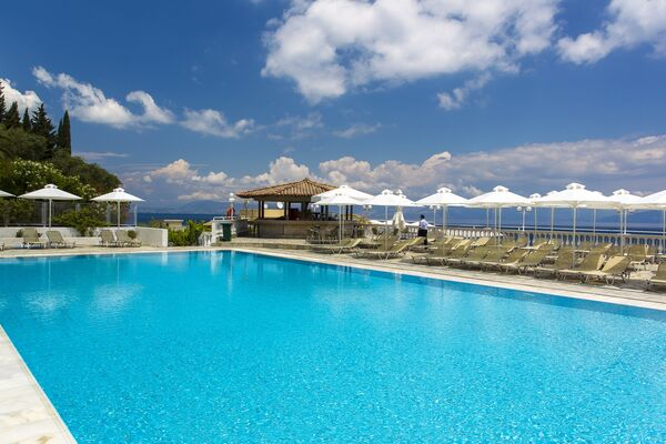 Holidays at Louis Ionian Sun in Agios Ioannis Peristeron, Corfu