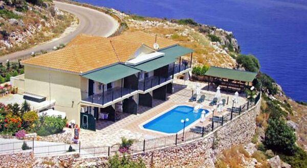 Holidays at Agnantio Apartments in Skala, Kefalonia