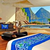 Jade Mountain Picture 3