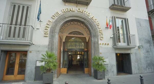 Holidays at Real Orto Botanico Hotel in Naples, Italy