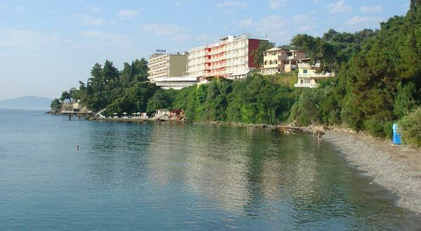 Holidays at Oasis Hotel in Perama, Corfu