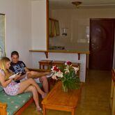 Carlota Apartments Picture 6