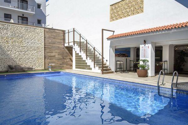 Holidays at Florencio Hostal in San Antonio, Ibiza