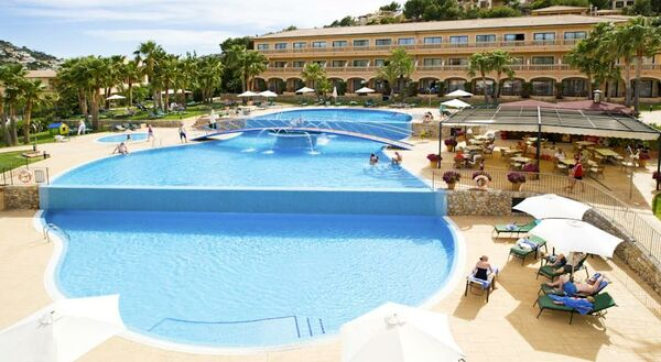 Holidays at Mon Port Hotel in Puerto de Andraitx, Majorca