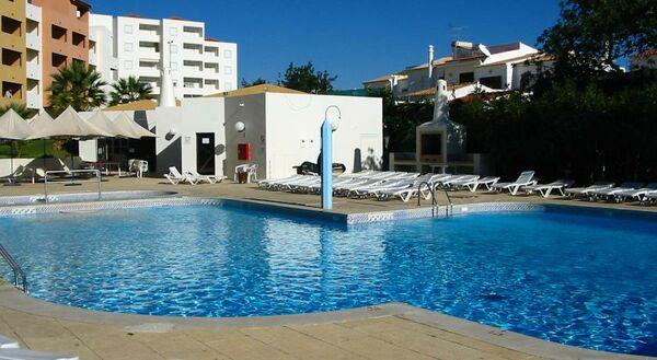 Holidays at Bellavista Avenida Apartments in Albufeira, Algarve