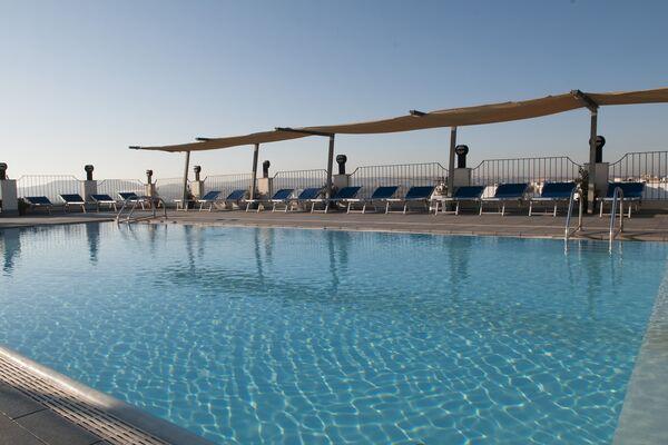 Holidays at Santana Hotel in Qawra, Malta
