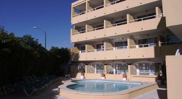 Holidays at Montenova Apartments in Palma Nova, Majorca