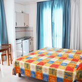 Del Mar Apartments Picture 3