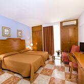 Monarque El Rodeo Hotel Picture 6