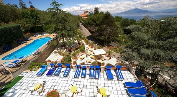 Holidays at Metropole Hotel in Sorrento, Neapolitan Riviera