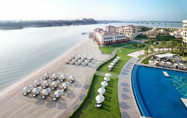 Holidays at Ritz Carlton Hotel Abu Dhabi Grand Canal in Abu Dhabi, United Arab Emirates