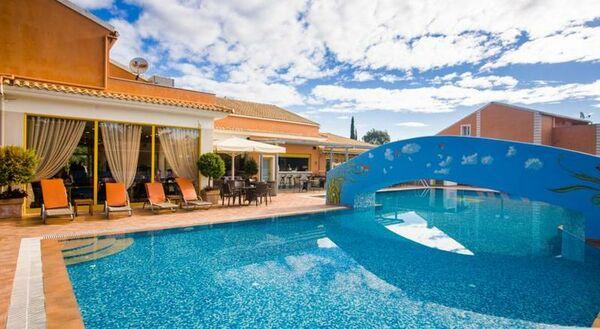 Holidays at Memento Hotels Kassiopi Resort in Kassiopi, Corfu
