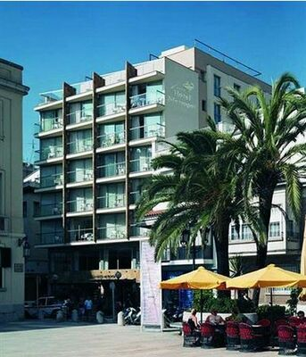 Holidays at Metropol Hotel in Lloret de Mar, Costa Brava