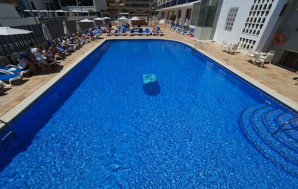 Holidays at Riviera Hotel in Santa Susanna, Costa Brava
