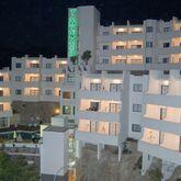 Tamanaco Apartments Picture 7